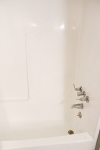 diy-painted-bathtub